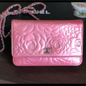 Chanel Pink Wallet On The Chain